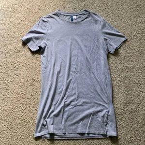 H&M Long Fit T Shirt